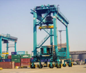 Port & yard equipments